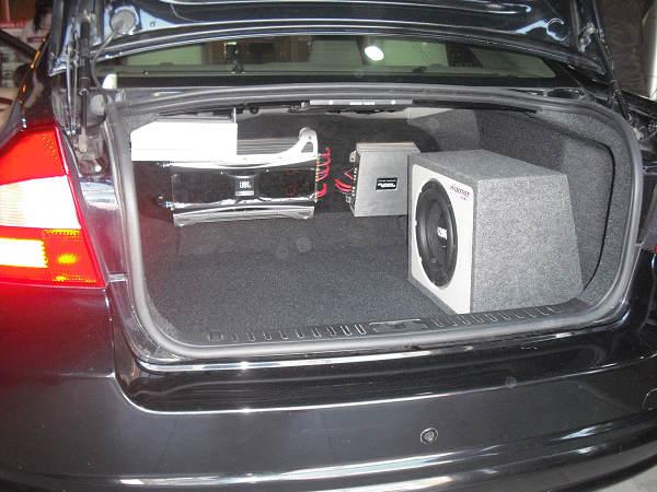 沃尔沃S80汽车音响改装歌乐HX D2